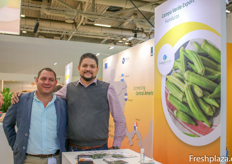 Roger Guillen of Agro Mercados and Juan Benito Guevara of Campo Verde Export