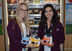 Marissa Ritter and Jaqueline Padilla of Naturipe Farms show new ready-to-eat snack trays.