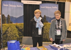 Wilhelmina de Jager and Dicky Vanagteren promoting B.C. Blueberries