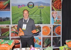 Bob Borda with Grimmway Farms, proudly showing the versatility of carrots.