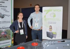 Proudly promoting controlled atmosphere modules: Helene Hourcastagnou and Vincent Nicoletis with Janny MTCA