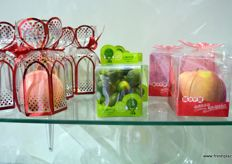 Gift packaging for fresh produce by Shenzhen Lvyuan Packaging Technology.