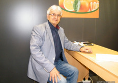 General Manager George Sellis of Extra Fruit (Greece); main products are oranges, mandarins and grapes for Balkan countries, Scandinavia and Western and Central Europe.