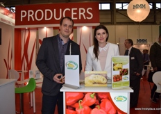 Janos Pataki and Kitti Gyuricza from Del Kertesz Szentes at the Hungarian booth, showing their peppers.