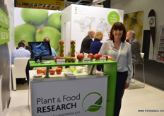 Yvonne McDiarmid and her colleagues made the long trip from New Zealand to promote the breeding programs from Plant & Food Research.