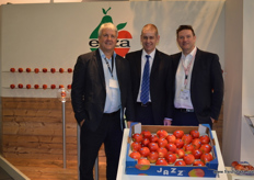 Simon Beck - T&G Global with Gary Harrison and Steve Maxwell from Worldwide Fruit.
