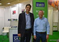 Niel Smith from SAPEX with Gary Britz from Ele Trading.