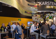 The busy Karsten stand.