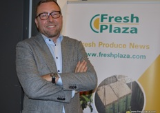 Wibo van den Ende from SAFE came along to the FreshPlaza stand.