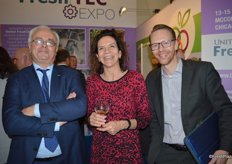 Guy Callebaut with Global GAP, Mercedes Tallo and Jan 't Lam with Rainforest Alliance.
