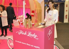 Pinklady had a new addition in their booth: the Ice Cream Car.