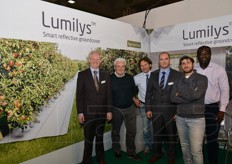 The staff of Beaulieu International Group with that from Agritenax, Italian distributor of Lumilys.