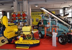 Hermes produces machinery and equipment for soil preparation and tillage, plant care, weeding and harvesting.