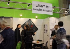 Janny MT controlled atmosphere bins.