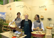 Verena, Bambama and Anna distribute Leni's products. The brand is owned by VOG Product, and identifies the line of processed apple products such as fruit juice and apple wedges.