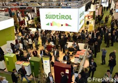 Welcome to Interpoma 2016 (Bolzano, 24th-26th November 2016). A bird's eye view of the Alto Adige stand. The region was the guest of honour at Interpoma.