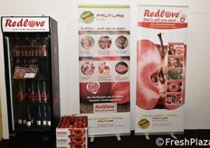 The presentation of Redlove red-fleshed apples at the Gruber Genetti stand was very good...