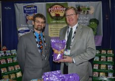 Ralph Schwartz and Glen Reynolds with Potandon Produce showing Klondike Royale potatoes.
