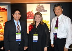 Fabian Garcia, Susan Day and Louis Ng from the California Table Grape Commission.