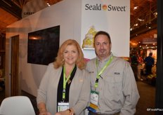 Kim Flores and Scott Kosnik with Seald Sweet. Scott is based in Arizona and responsible for the company's new vegetable line.