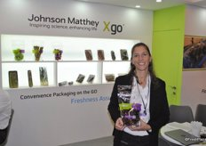 Hila Nagel from Johnson Matthey promotes the new packing Xgo.