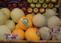 Canary melon and cantaloupe offered for $2.99 and $2.29 respectively.