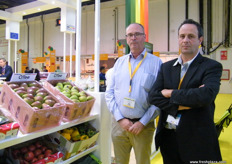 At the Belgian stand, Dirk Leemans and Kris Wouters (Fruithandel Wouters Romain & C).