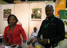 Magdaline Warimu from Mofarm Fresh Fruits with Managing Director Samson Wakibia, Wintechs Merchants Limited (Kenya).
