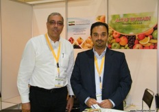 General Manager Khalid Khalaji, Oceanic Fruit Marketing Limited (Dubai) with Managing Director Mustafa Altaf, Altaf Hussain Trading (Dubai).