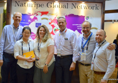 This year, Naturipe is celebrating it's 100th anniversary. Over the year, the company has build a global network, supplying blueberries all year around. The company has production in Canada, Peru and Chile. From left to right, the company's global management team: Clay Wittmeyer, Miri Liu, Carrieann Arias, Dwight Ferguson, CEO, Felipe Juillerat, the CCO of Hortifrut Chile, and David Smith of SVA.