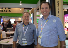 Darren Keating from PMA Aus-NZ (right) was visiting John Tyas at the Avocado Australia stand.
