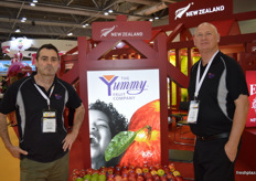 Simon Renall and John Crocker from Yummy Fruit, with Sweet Tango, Lemonade, Ambrosia and Genesis apples.