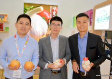 Vernon Chen, Sales Manager, Rai Li, CEO, and Shaquille Du, Purchasing director, of Hope Long. Hope Long sells its products under the HuaGuang brand.