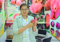 Heather of Ganxu Chuhengyuan Trading, a grower and exporter of Gansu apples.