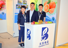 The team of Dalian Tianbo Food with Ida, Baggio Wang and Jacky Guo. The company is a importer and exporter based in the city of Dalian, in Northern China North of Beijing. The team had a succesfull exhibition and was happy the repsonse they got on the larger stand they booked this year. This year the compan shipped its first shipment of apples to the US.