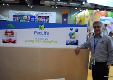Felipe Vallejos Olvarria from PacLife, part of the Chilean stand.