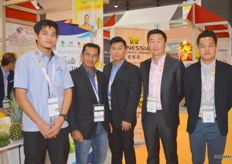 Also present, exhibitors from Malaysia with Wahid Haji (second left) of FAMA; FAMA, an organization that promotes Malaysian fresh produce worldwide.