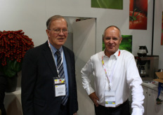 Martin Olde Munnikhof of the Agriculture Council with Ger van Burik of Holland Fresh Group