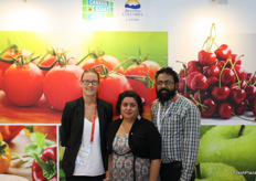 Also from Canada: Natalie Lacusta (Windset Farms), Nina Rihal (BC Blueberry Council) and Erik Matham (SKM Media Design)