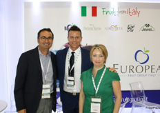 Alfio Lepidio in the stand of the European Fruit Group Italy with Nicola Detomi and Milena Duberstain