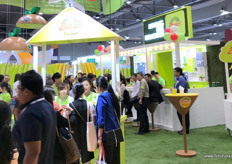 Large interest from the crowds for Zespri's international kiwifruit.