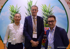 At the Dole stand: Terry Chan, director of Dole - Shanghai; Marc Evrard, commercial director of Belgian Fruit Valley and Michael Franks , ceo of Seeka New Zealand.
