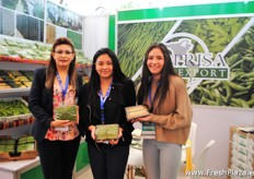 The ladies of Coprisa Agroexport, mainly exports snow peas, sugar peas and French beans to for example USA, Canada and Japan. As well as some countries in Europe like Spain, France, The Netherlands and England.