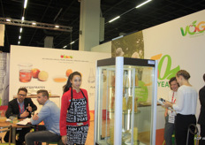 "Sabine Vieider (right) of VOG Products: ""Apples, pears, peaches and kiwis, in concentrate, juice, frozen and freshly cut form. You ask, we bring."""