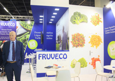 "Vegetables cut in strips, diced, as well as stems and much more at Fruveco. The broccoli buffalo is almost indistinguishable from chicken. ""We tested the products on children. Many of them, honestly, thought they were dealing with chicken"", says Rens Vermue."