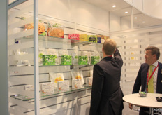 Foodimpex offers a range of soft fruit and exotics in freezer containers and sealed packaging.