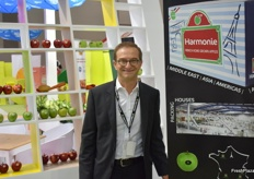 Philippe Raynaud from Harmonie, a French apple exporter