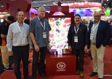 JP Export were back this year on the New Zealand oavilion with a bigger stand: Steve McGarvey, Warwick Preston, Darren Hughes and Peter Turner.