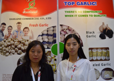 Jessica Li and Chen Meng from Easiland Commercial Co., Ltd. Their company is specialised in exporting fresh garlic, carrot, cabbage, frozen/dehydrated fruits and vegetables.