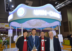 Gary Loh of SunMoon Food Company Limited and team of Shanghai Win-Chain Supply Chain Mgt. Management Co.Ltd.